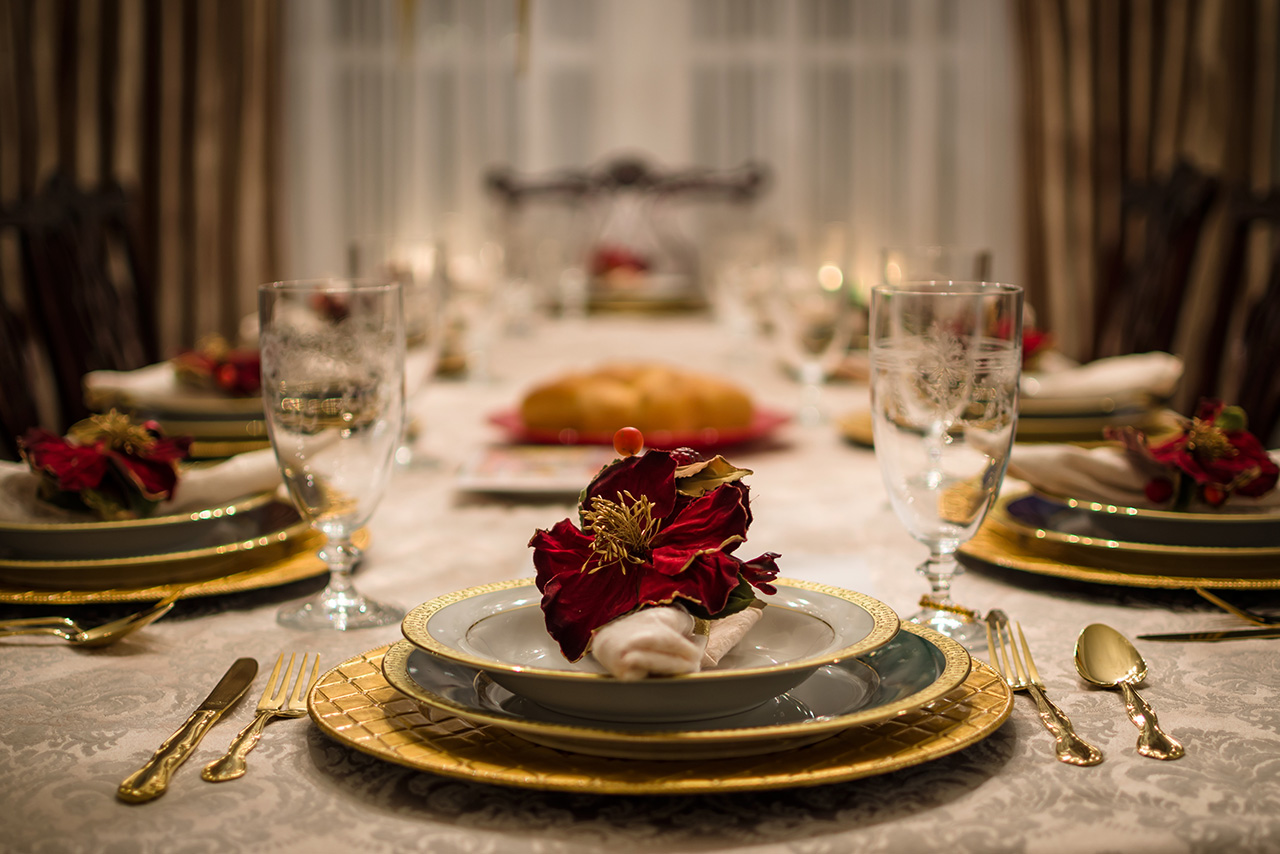 entertaining and dining